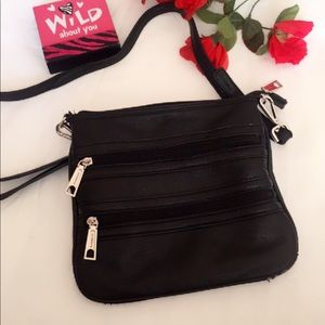 Liz Claiborne Bags - Liz Claiborne Black Leather Crossbody Bag